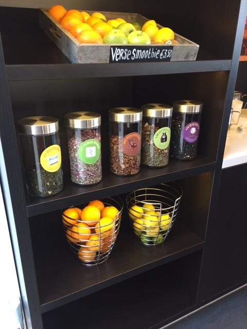 Tea Bar thee in voorraadbussen bij Essent